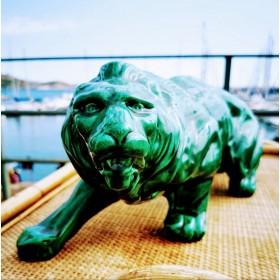 Lion en céramique