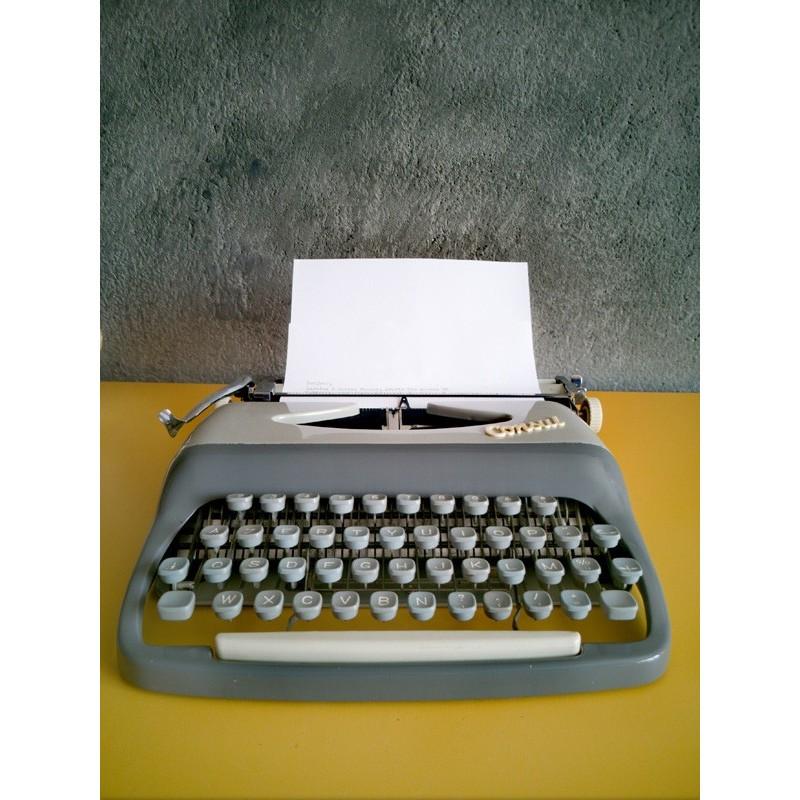 Machine à écrire Consul 232   Old'Upcycling