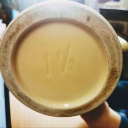 pot à épice vintage en opaline
