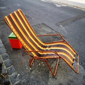 Chaise longue pliante...