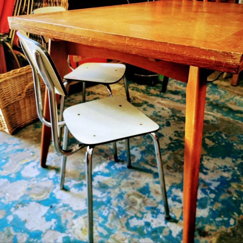 petit fauteuil vintage pour enfant