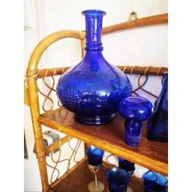 Carafe bleue