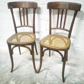 Paire de chaises cannées...