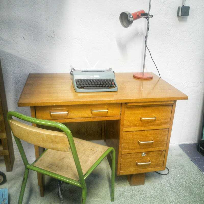 Bureau vintage en bois clair | Old'upcycling