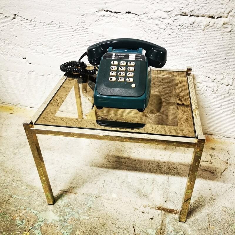 Table d'appoint en métal doré et verre fumé | Old'Upcycling