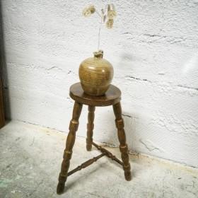 Tabouret en bois tourné