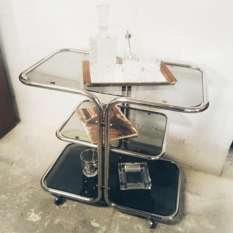 Table roulante chromée et verre fumé | Old'Upcycling