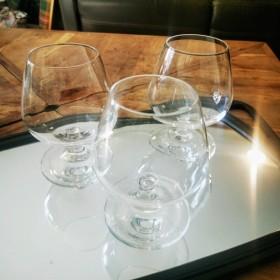 Trio de verres à cognac en...