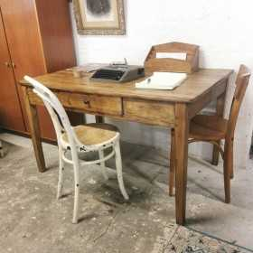 Table bureau vintage