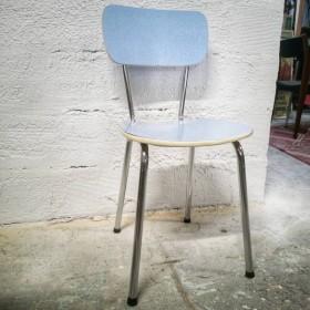 Chaise en formica