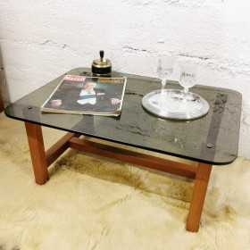 Table basse bois et verre fumé