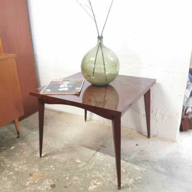 Table basse carrée pieds fuseaux   Old'upcycling