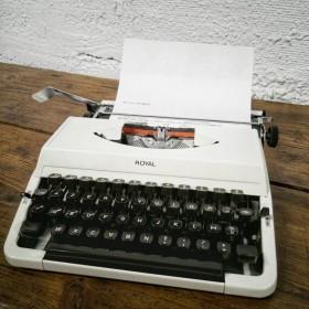 Machine à écrire Royal 202