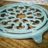 Dessous de plat en fonte émaillée   Old'Upcycling