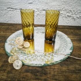 Duo de verres à orangeade...