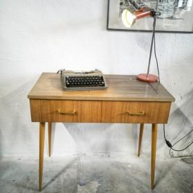 Console vintage de machine...